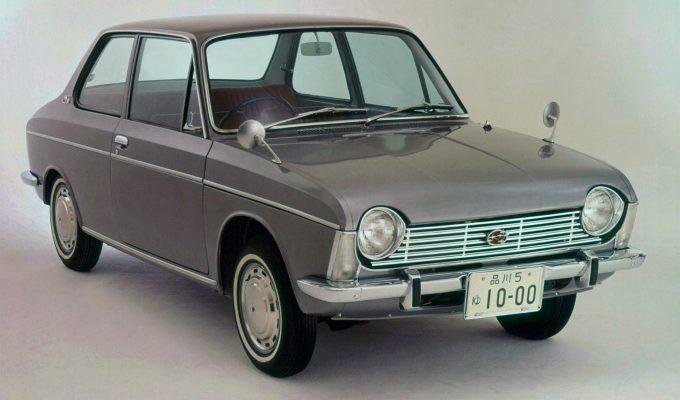 スバル1000 (1966-1969):画期的だった水平対向エンジン縦置きのFFセダン