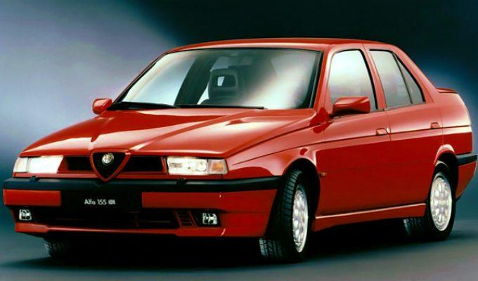 アルファロメオ 155 (1992-1997):75の後継モデルとして登場した小型FF/4WDセダン