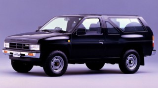 日産 テラノ (初代 WD21 '86-'95):ダットサン・トラックがベースのクロカンSUV