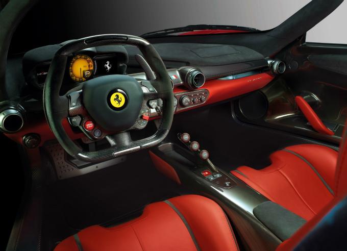 フェラーリ ラ・フェラーリ 2013