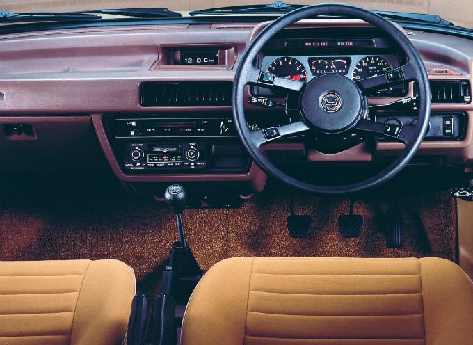 ホンダ アコード セダン 1977
