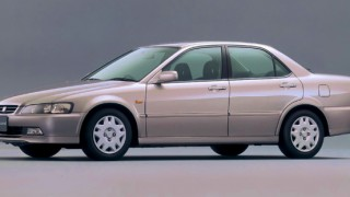 ホンダ アコード (6代目 '97-'02):全車にVTECエンジンを搭載すると共に4WD車を設定 [CF3/4/5/CL1/3]