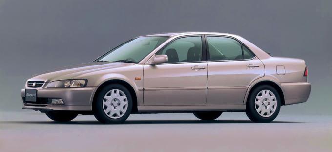 ホンダ アコード セダン 1997
