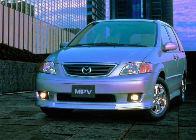 マツダ MPV 1999-'02