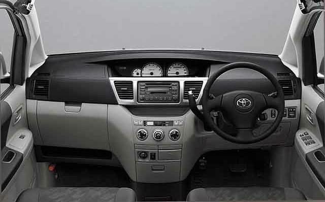 トヨタ ノア 2001