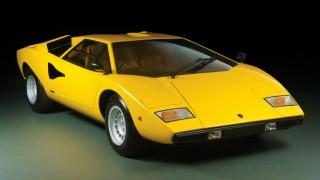 ランボルギーニ カウンタック LP400 ('71-'82):LP500の問題点を改善し念願の市販へ