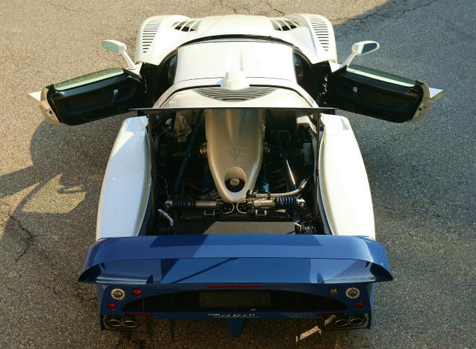 マセラティ MC12 2004