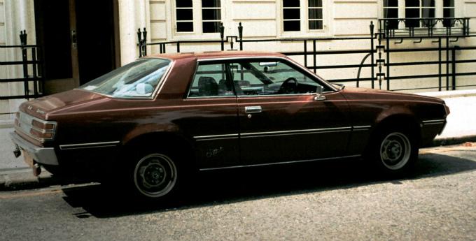 三菱 ギャラン ラムダ Super Touring 1977 (出典:wikipedia.org)