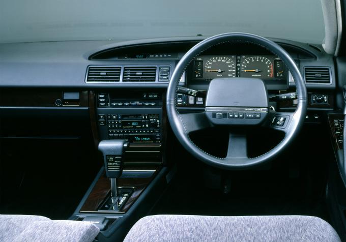 日産 セドリック・シーマ 1988