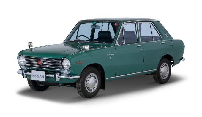 日産 サニー 4Drセダン 1967