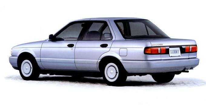 日産 サニー 1990