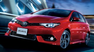 トヨタ 新型オーリス/ハイブリッド値引き2017年6月-納期/実燃費/価格の評価
