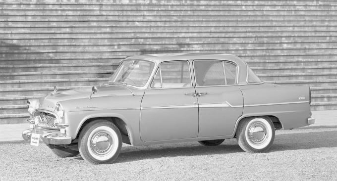 トヨペット クラウンDeluxe 1960-62