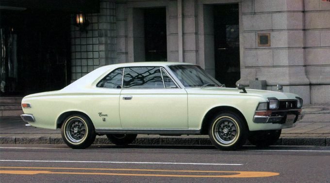 トヨペット クラウン 2Drハードトップ 1968-71