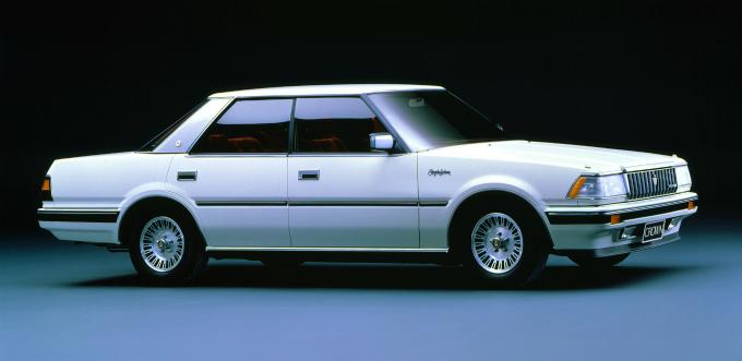 トヨタ クラウン ロイヤルサルーン 1983