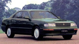 トヨタ クラウン (9代目 S14 '91-'95):4ドアハードトップ専用車となり全車3ナンバーに