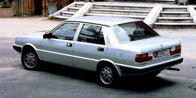 ランチア プリズマ 1982