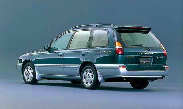 日産 ウイングロード 1996 (出典:favcars.com)