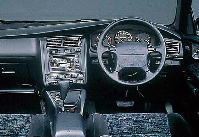 トヨタ カルディナ 1992