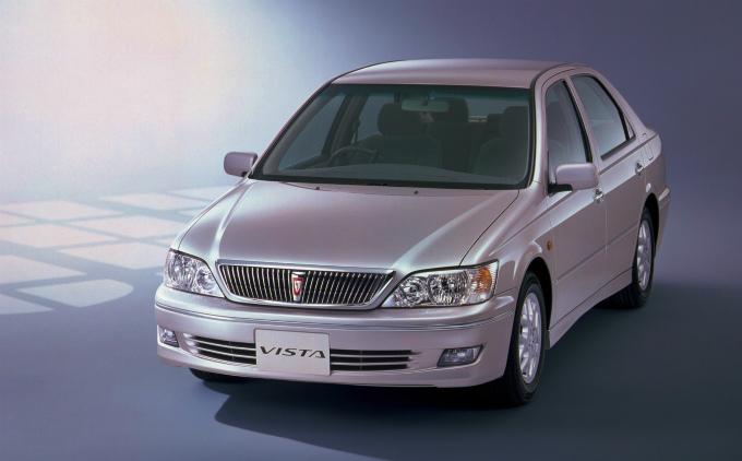 トヨタ ビスタ 1998  (出典:favcars.com)